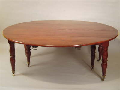 William lV mahogany dining room table